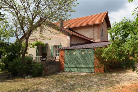 beckett's home in roussillon